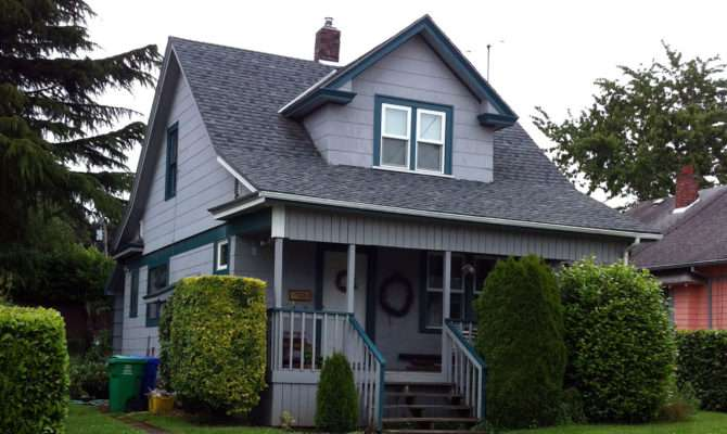 Gable Roof Home Plans
