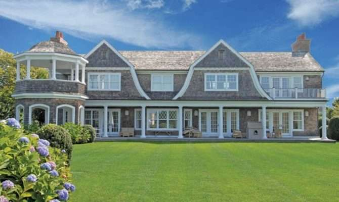 Gambrel Rooflines Shingle Style Feels Just Like Home Pinterest
