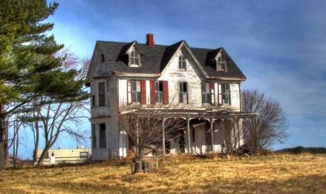 Gothic Farmhouse Related Keywords Suggestions