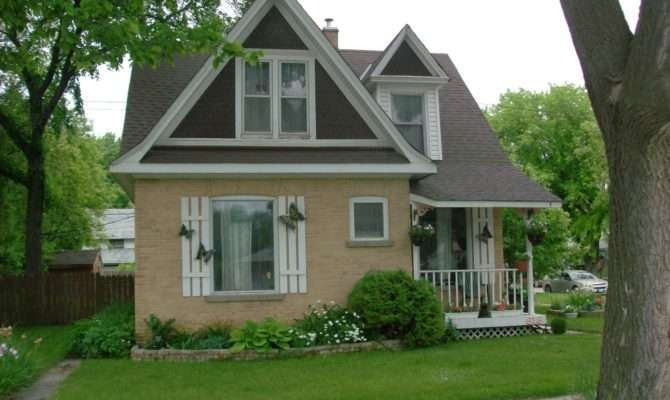 Heritage Houses Three Bricks Portage Prairie