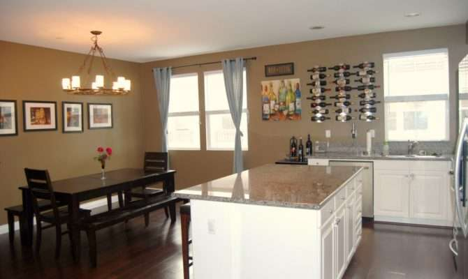 Hillside Home Townhouse Ready Sell