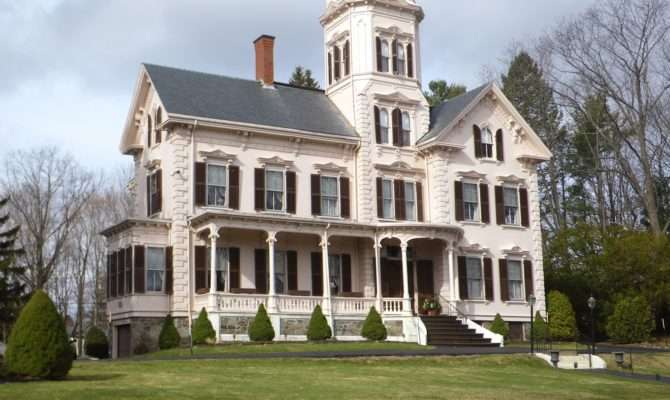 Historic American Colonial Architecture Victorian Buildings