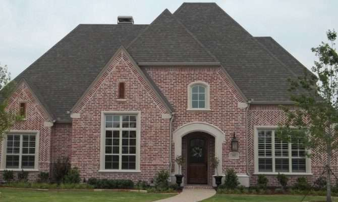Home Walkin Roof Color Red Brick House