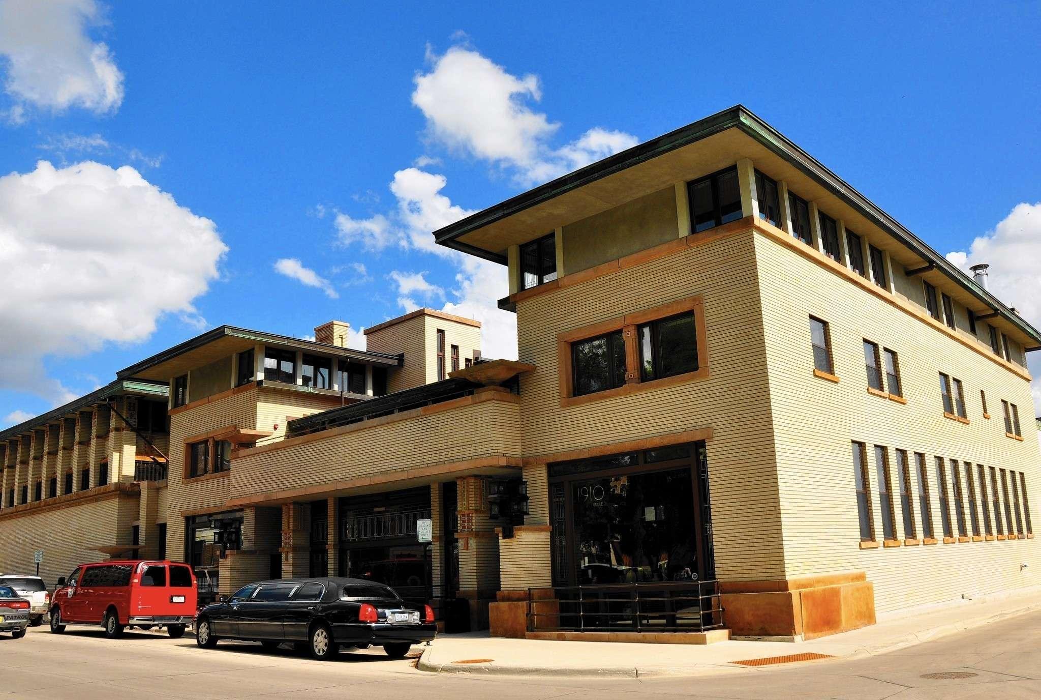 Iowa River City Trove Prairie School Architecture
