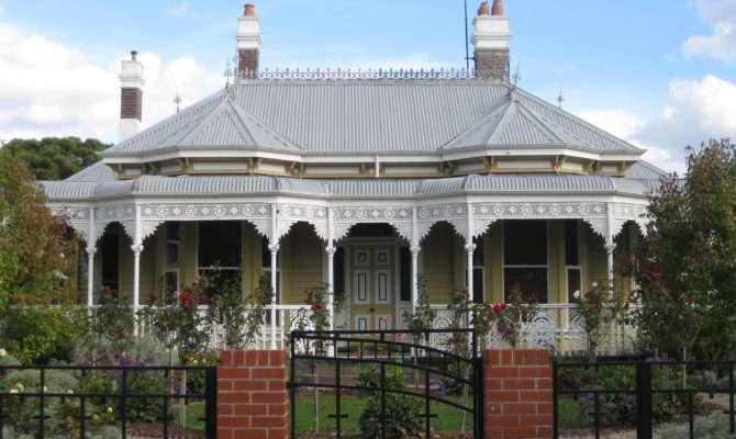 Kawarau Victorian Double Fronted Weatherboard Villa Ballarat