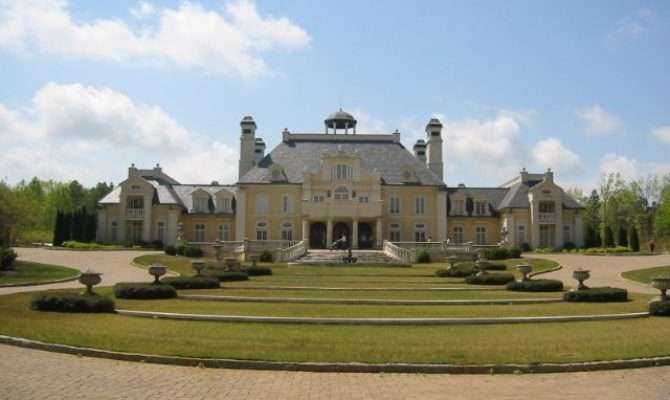 Larry House Really Big Homes Rich