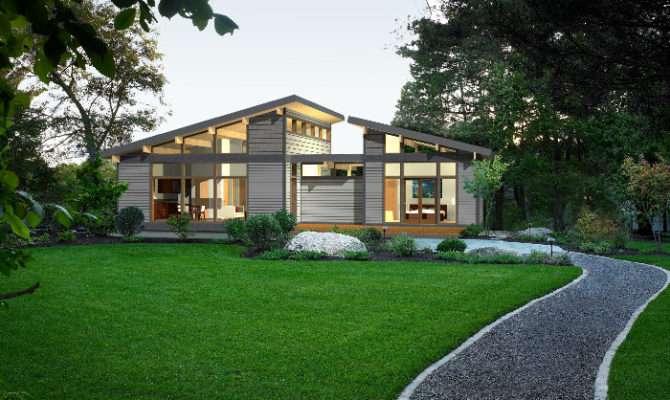 Lindal Cedar Homes Modern Frame Green