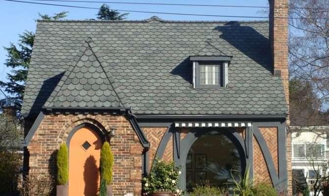 Love Style House Cotswold Cottage Tudor Revival
