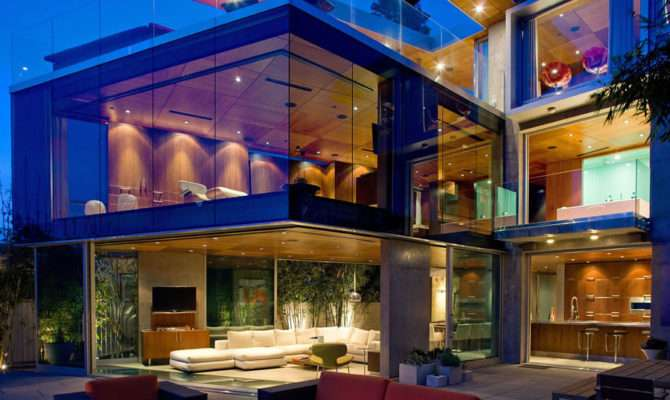 Luxurious Houses World