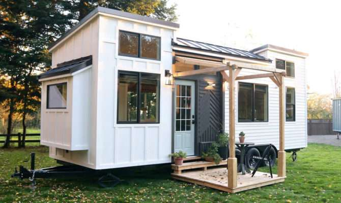 Luxury Tiny House Handcrafted Movement Today