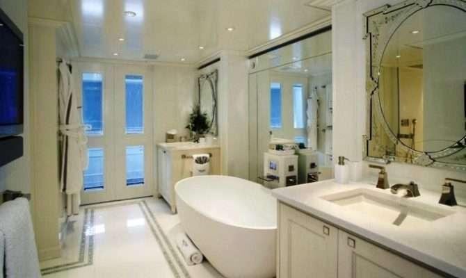 Luxury Yacht Charter Celestial Hope Master Bathroom Heesen