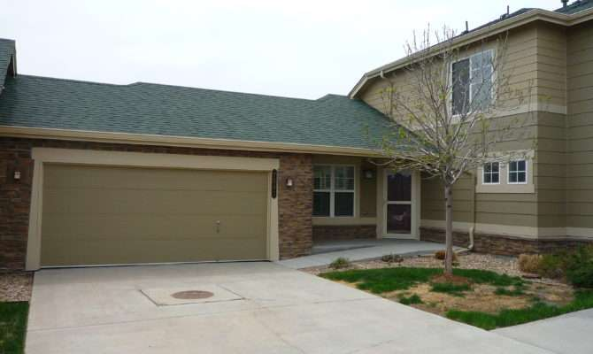Main Floor Master Townhome Attached Car Garage