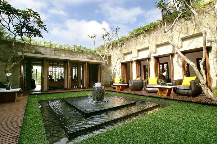 Main Villa Courtyard Can Enjoyed Outdoor Terrace