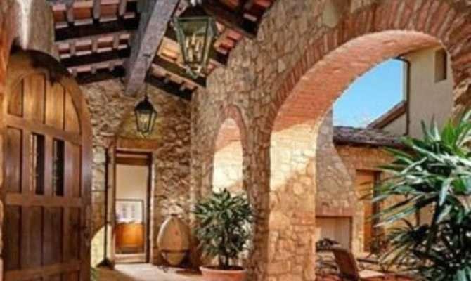Makes Tuscan Landscape Design Elegant