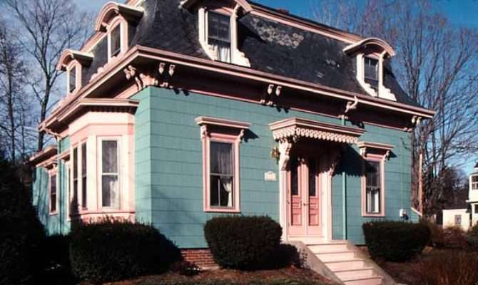 Mania Mansard Roofs Old House