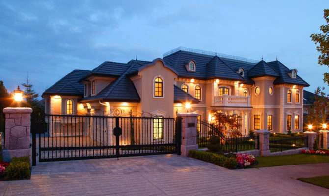 Mansion House Exterior Vancouver Dusk Luxury Esta