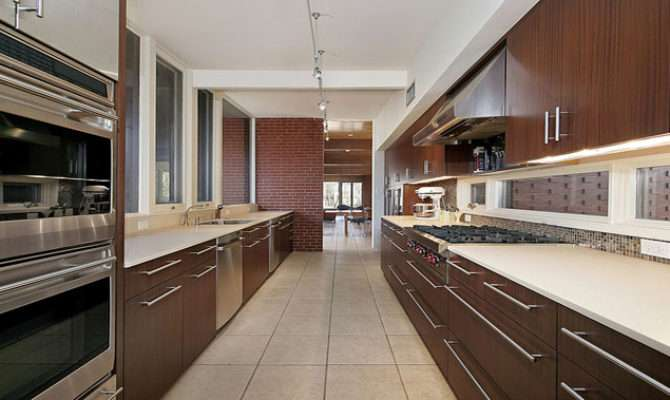Master Kitchens