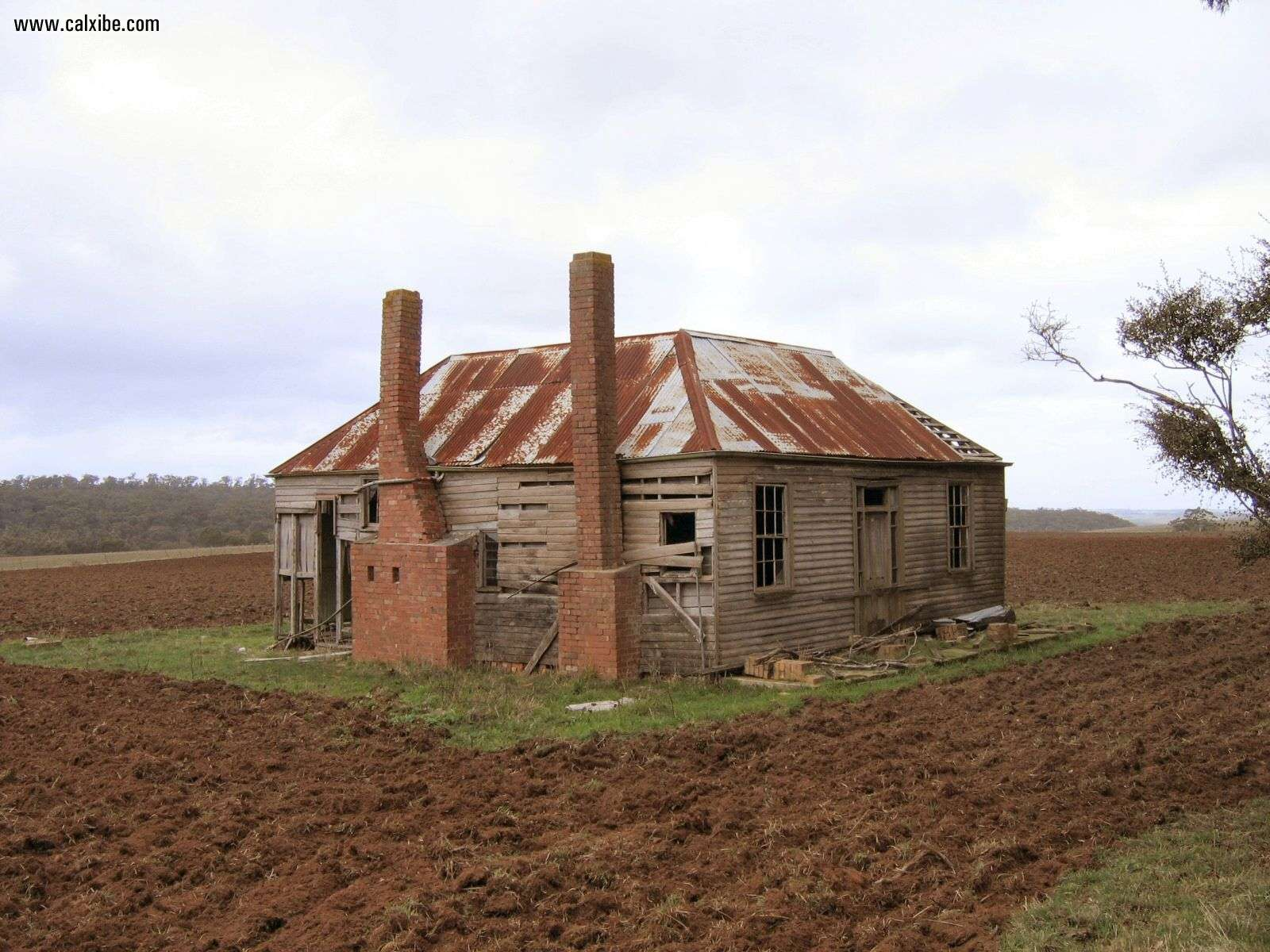 Miscellaneous Country Old Farmhouse