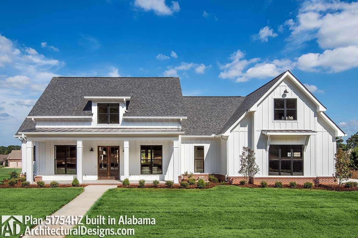 Modern Farmhouse Plan Bonus Room