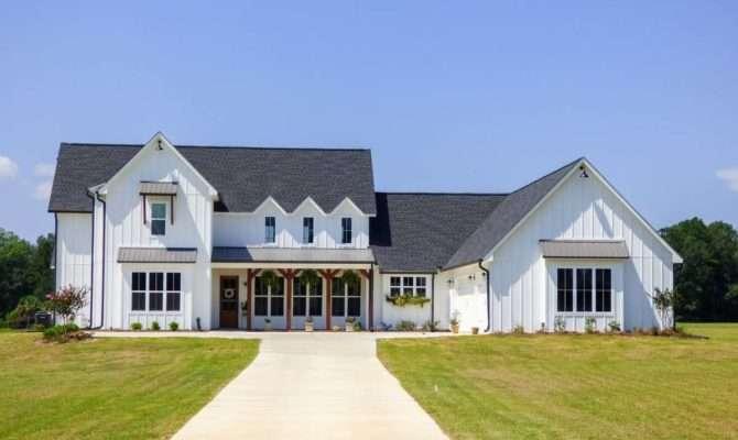 Modern Farmhouse Plan Comes Life Mississippi