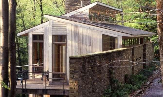 Modern House Steep Slope