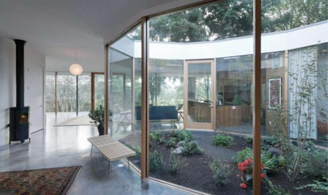Modern Houses Interior Courtyards Design Milk