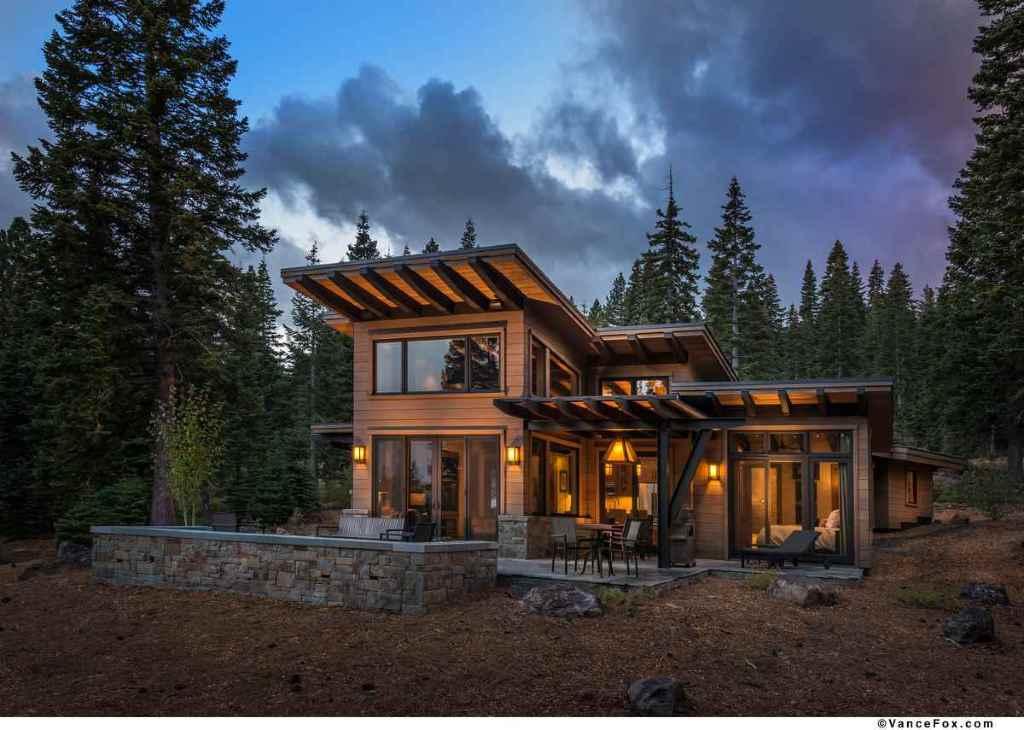 Modern Mountain Retreat Unwind Winter Season