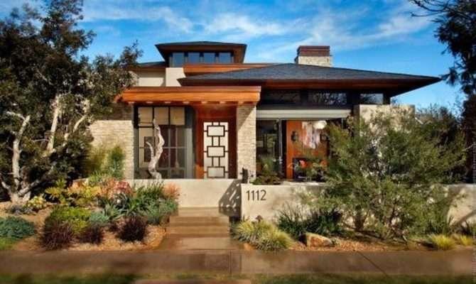 Modern Prairie Style Architecture Crumbling Stone