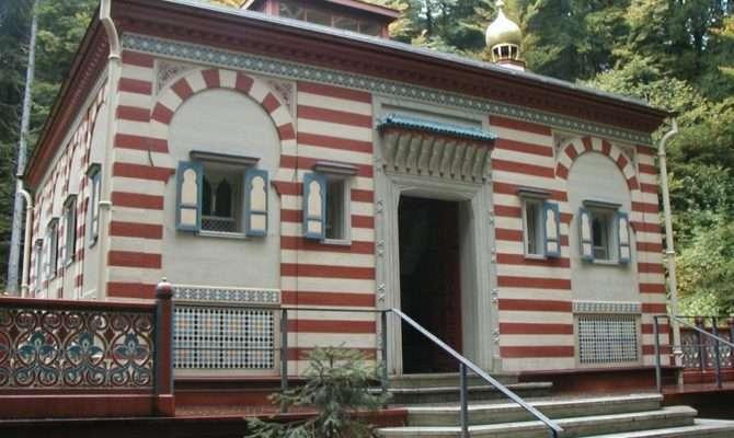 Moroccan House Design Comes Exceptional Architecture