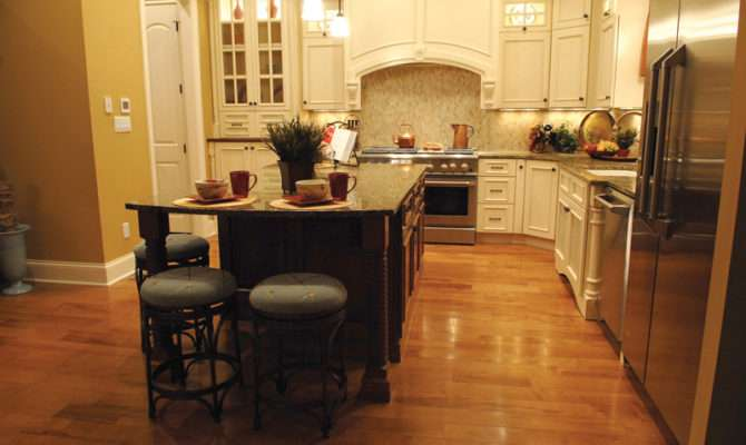 Neoclassical Home Plan Kitchen House Plans
