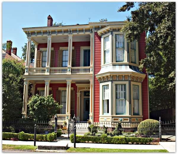 New Orleans Homes Neighborhoods Garden District