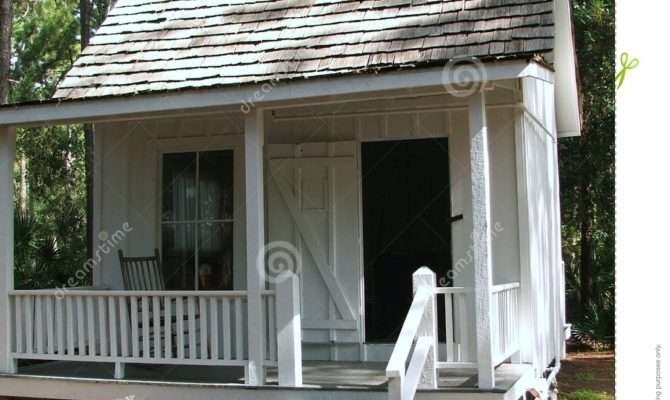 One Room Cottage Simple White