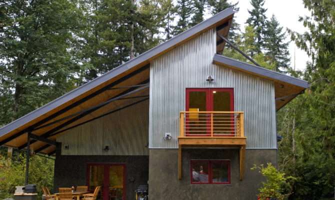 Oregonian Newly Constructed Home Rural Oregon Has Many Green