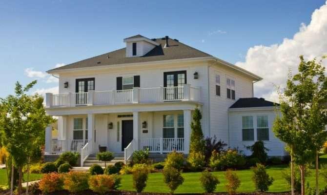 Panoramio White Mansion House