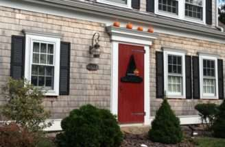 Pin Weneedavacation Cape Cod Fall Front Porches Pinterest