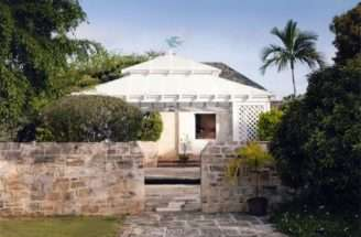 Plantation Style House Stone Garden Wall