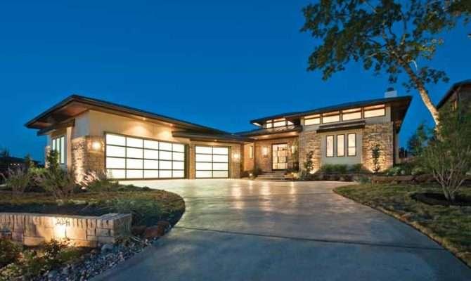 Prairie Style Shaped Home