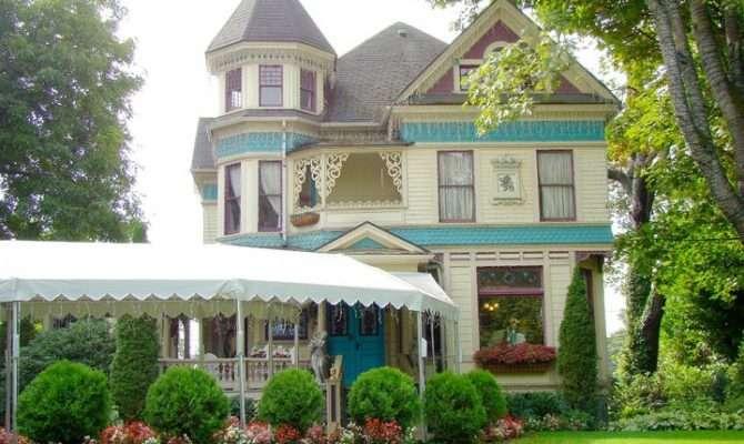 Queen Anne Victorian Mansion Portland Oregon