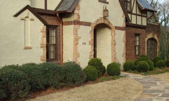 Red Brick Stucco House Exterior Traditional