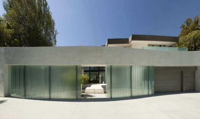 San Vicente Shaped Modern House Mcclean Design Upvisually