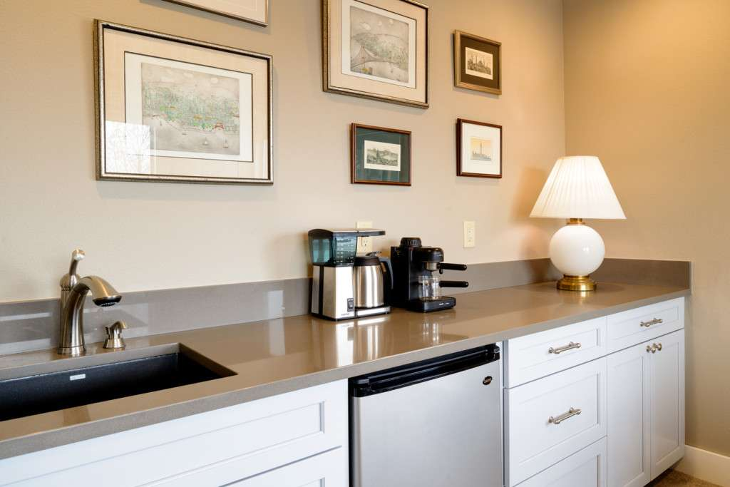 Seattle Remodel Transforms Basement Into Master Suite Hammer Hand