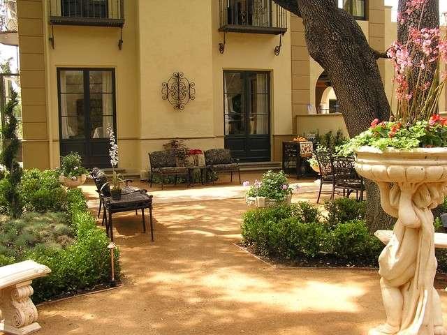 Secret Landscaping Tuscan Style Backyard