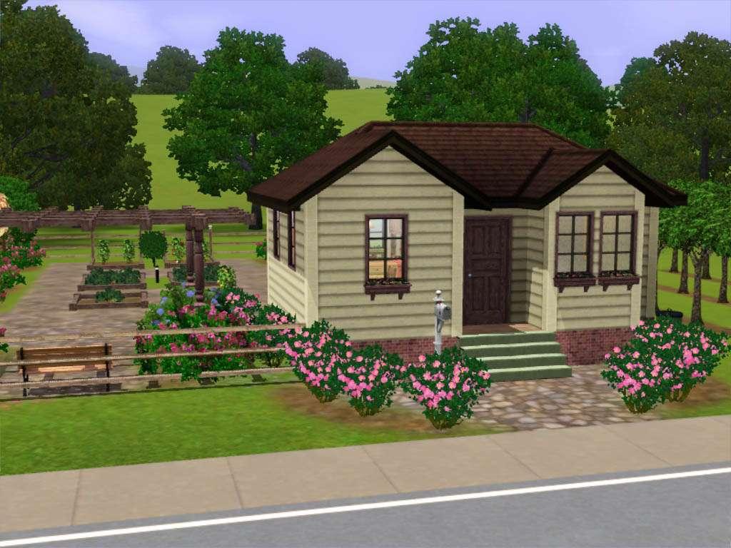 Small Farm House Huge Harvestable Garden Under