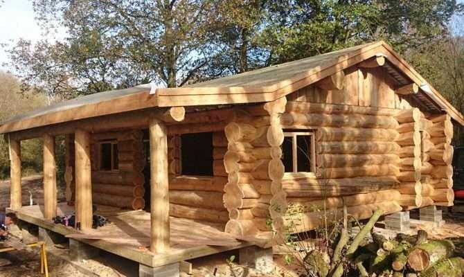 Small Log Cabins