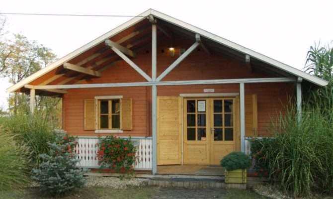 Small Wooden House Design Ideas