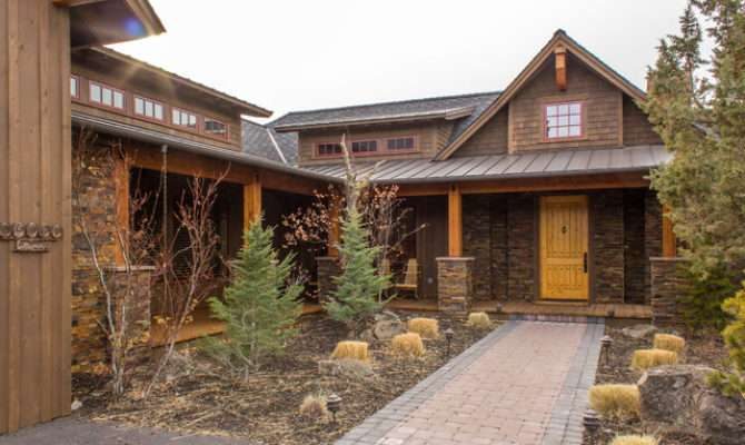 Some Western Style House Home Design