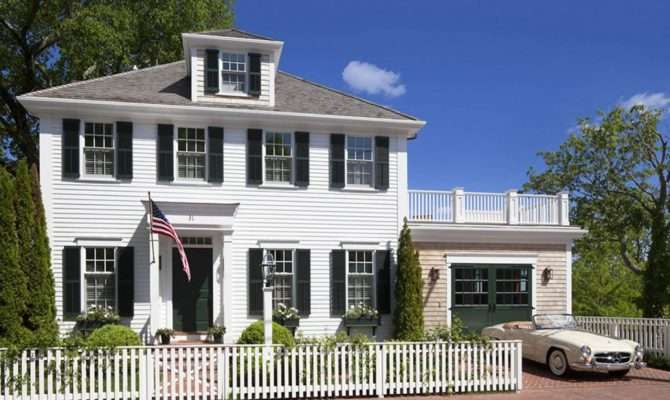 Southern Colonial Style Architecture
