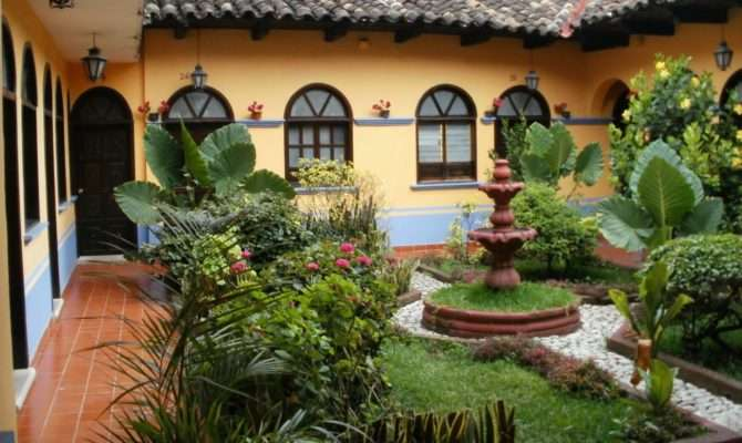 Spanish Central Courtyard House Plans