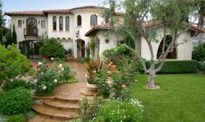 Spanish Style Outdoor Home Decorating Ideas