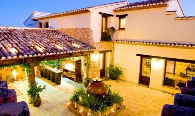Spanish Villas Royal Residence Lifestyle